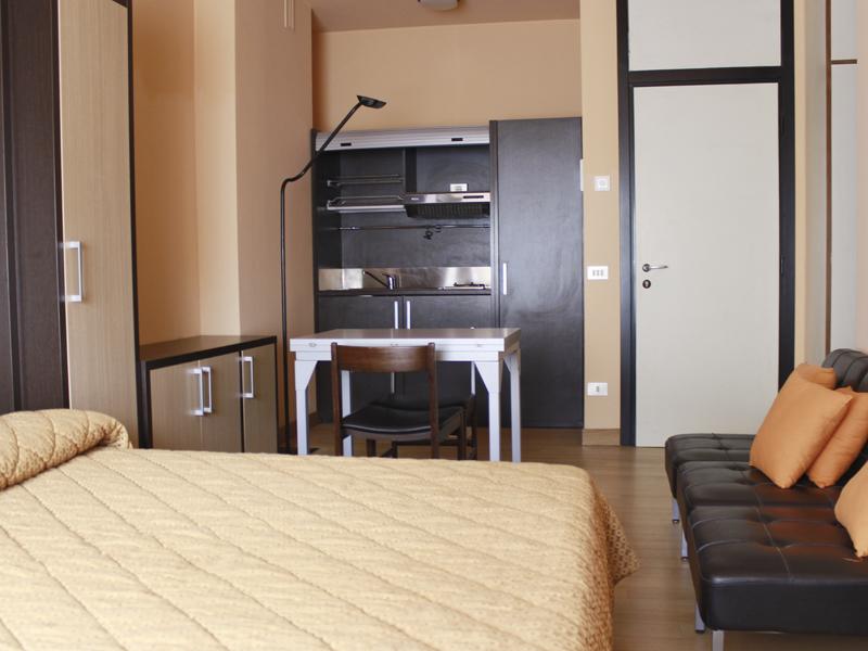Residence milano appartamenti fiera gallery category maxi for Appartamenti arredati milano